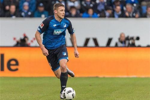 Hậu vệ cánh phải: Pavel Kaderabek (Hoffenheim).