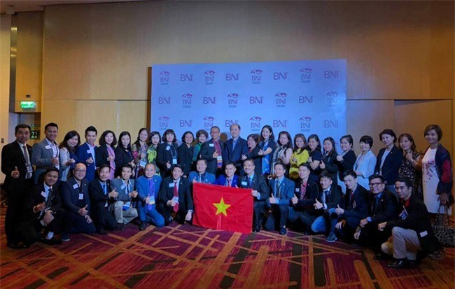-70 Doanh nhân xuất sắc của BNI Việt Nam đã có mặt tại Hội nghị để quảng bá hình ảnh mạnh mẽ và năng động của doanh nhân Việt Nam đến bạn bè quốc tế