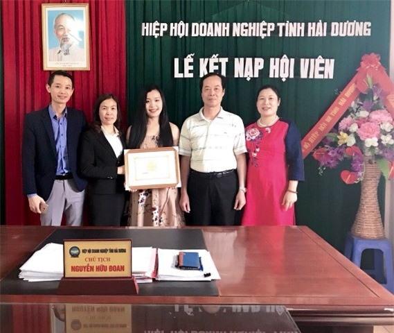Ông Nguyễn Hữu Đoan trong lễ kết nạp hội viên mới là những doanh nghiệp trẻ, năng động