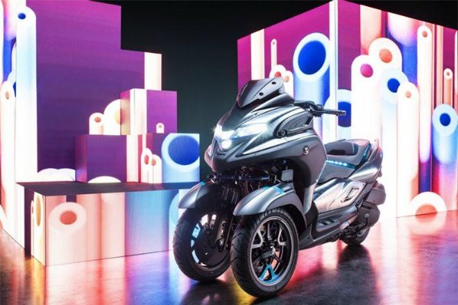 Yamaha 3CT nguyên mẫu trình diện tại EICMA 2018.