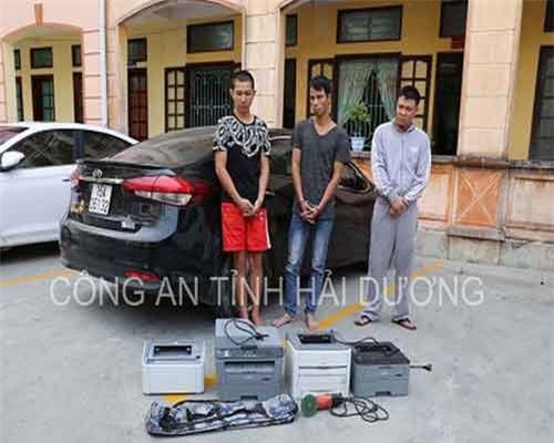 Bắt khẩn 3 nghi phạm đột nhập công ty, trói bảo vệ, cướp tài sản ở Hải Dương