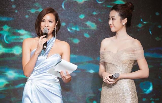 Hoa hậu Đỗ Mỹ Linh, siêu mẫu Phương Mai đọ sắc với váy cắt xẻ gợi cảm