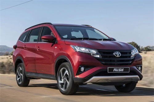 Bảng giá xe Toyota tháng 11/2018: Ưu đãi hấp dẫn