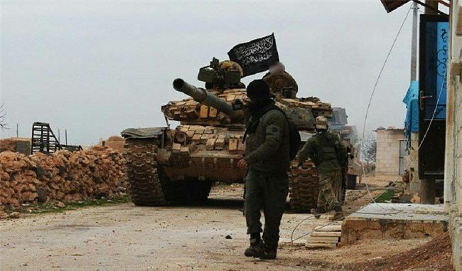 """Quân đội Syria """"đạn lên nòng"""", phiến quân nổi dậy lập tức báo động cao ở Idlib"""