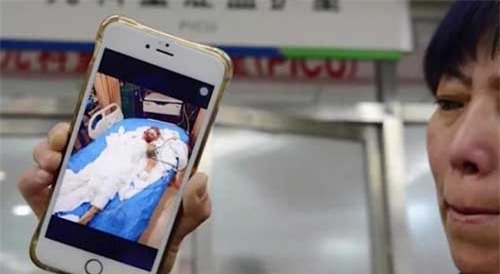 Mẹ tử vong vì lấy thân mình che cho con khi pin xe máy điện phát nổ