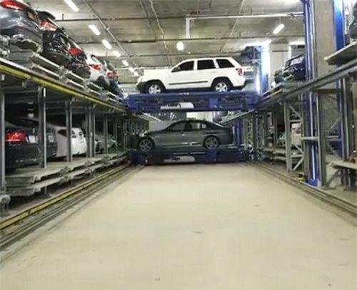 Đỗ xe trong không gian chật hẹp chỉ là 'chuyện nhỏ' với bãi đỗ xe tự động