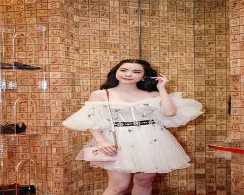 Châu Bùi bỗng hóa 'bánh bèo', Quỳnh Anh Shyn trở nên cá tính trong trang phục lạ mắt