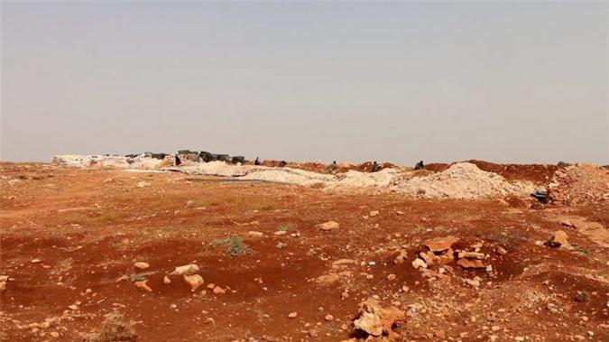 Phiến quân và quân đội Syria đụng độ dữ dội, khắp Idlib chìm trong đạn pháo