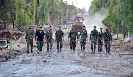 Thổ Nhĩ Kỳ đe dọa ở Đông Euphrates, quân đội Syria lập tức tăng quân