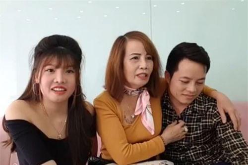 'Thị Nở tái sinh' tiết lộ 'sốc' về việc được cô dâu 62 tuổi chọn làm vợ hai cho chồng