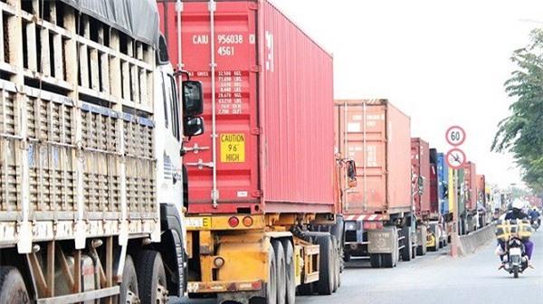 TPHCM: Kẹt xe 'kìm hãm' sự phát triển của doanh nghiệp vận tải