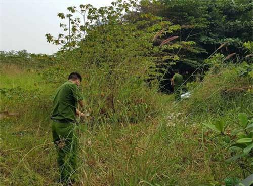 Phát hiện xác phụ nữ bị cháy tại bãi đất hoang