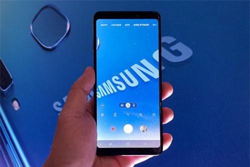 Samsung công bố giá bán smartphone 4 camera sau tại Việt Nam - 247317