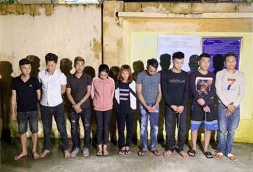 Thanh Hóa: Gần chục thanh niên nam nữ rủ nhau vào quán karaoke sử dụng ma túy