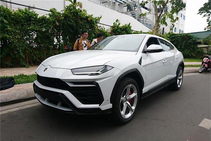 Minh Nhựa Tậu Sieu Xe Lamborghini Urus đầu Tien ở Việt Nam Doanh