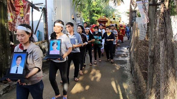 """Nha Trang: """"Nhân tai"""" cướp đi bốn mạng sống của gia đình thày giáo trẻ trước ngày 20/11"""
