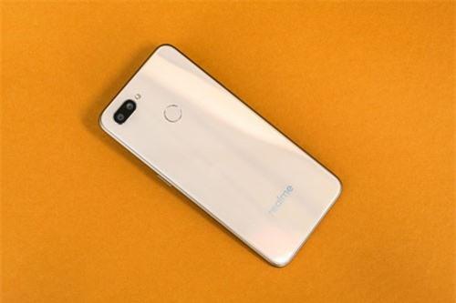 Smartphone chip Helio P70 đầu tiên trên thế giới, giá siêu rẻ - 248361