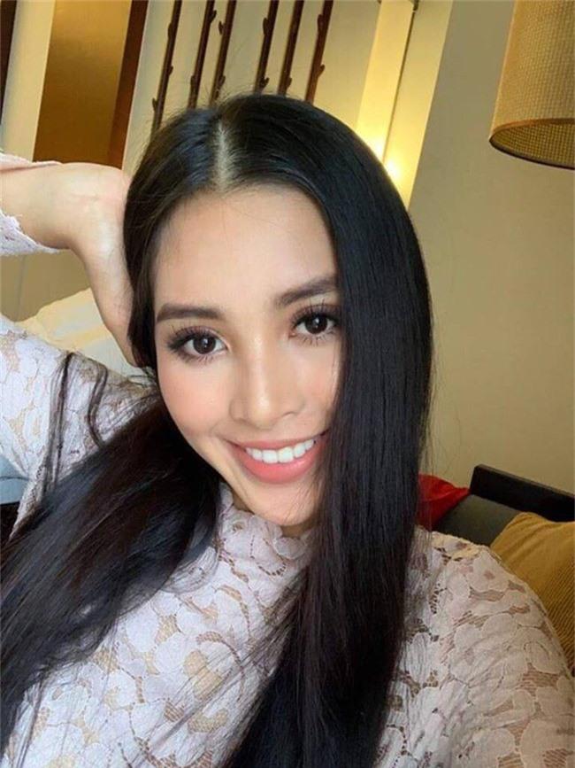Tiểu Vy hào hứng tưởng tượng ra giây phút đăng quang Hoa hậu Thế giới và tiết lộ về hành động mà cô sẽ làm - Ảnh 4.
