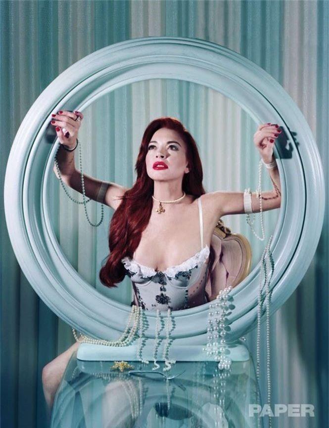 'Cô nàng lắm chiêu' Lindsay Lohan tái xuất gợi tình - ảnh 2