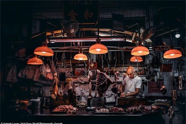 António Leong đến từ Bồ Đào Nha chụp bức ảnh này tại một cửa hàng bán thịt ở Ma Cao.