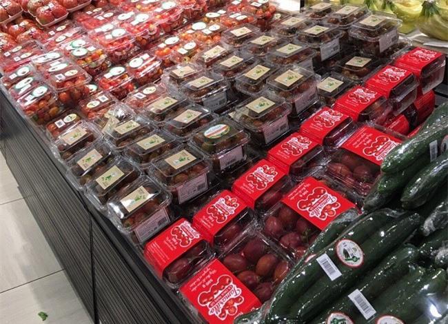 Công ty nông sản LangBiang đưa cà chua thân gỗ vào siêu thị với giá trị thực của nó nên được người tiêu dùng chấp nhận (Ảnh: VH)
