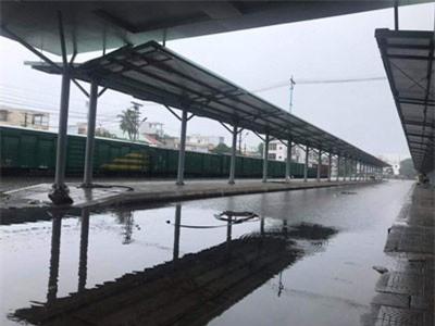 Tuyến đường sắt Bắc - Nam qua Đà Nẵng tê liệt