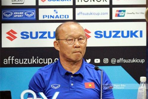 Phóng viên Malaysia 'sốc' trước câu trả lời của HLV Park Hang-seo