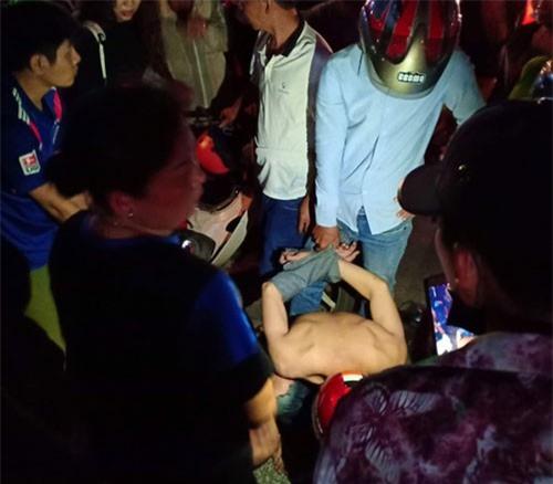 Nữ sinh thanh nhạc hạ gục 2 tên cướp bằng võ Vovinam