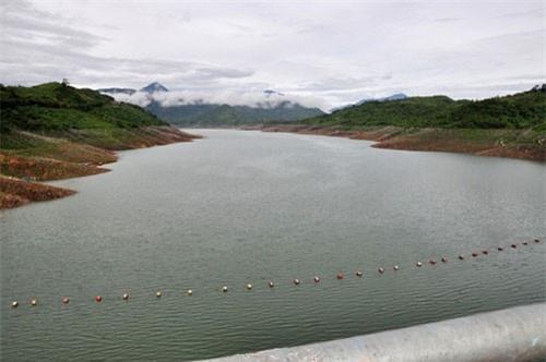 """Sợ khô hạn, Quảng Nam ra công văn """"hỏa tốc"""" đề nghị tích nước hồ thủy điện"""