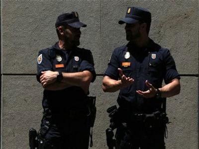 Cảnh sát Tây Ban Nha triệt phá đường dây buôn ít nhất 730 người Việt
