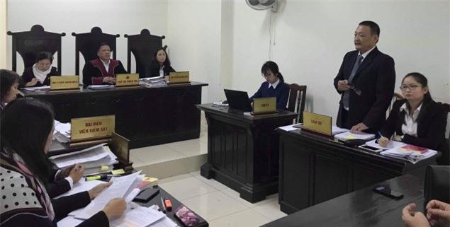 5 năm kiện Bộ trưởng Bộ GD-ĐT đòi bằng tiến sĩ