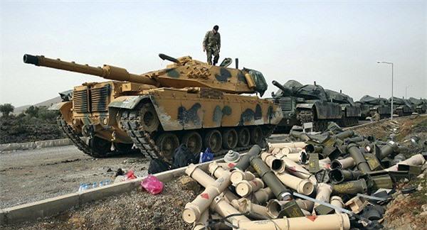 """Thổ Nhĩ Kỳ tính chuyện phát động chiến dịch ở Đông Bắc Syria, Mỹ """"giãy nảy"""""""