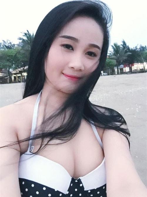 Quế Ngọc Hải, Nguyễn Tiến Linh xiêu lòng hai hot girl xinh nhất thành Vinh