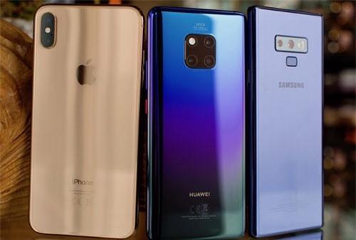 5 smartphone đáng chú ý nhất năm 2018