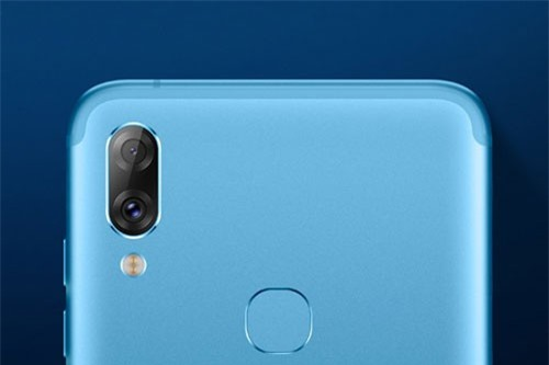 Smartphone chip S660, RAM 6 GB, 4 camera, giá 5 triệu