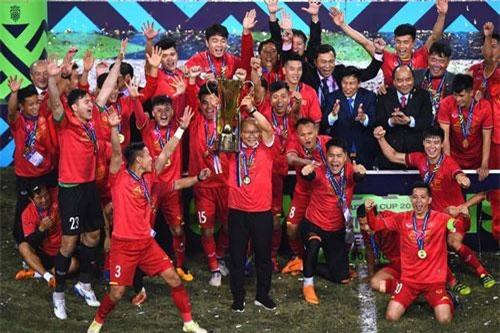 Báo Hàn Quốc cảnh báo đội tuyển Việt Nam có thể mất HLV Park Hang Seo