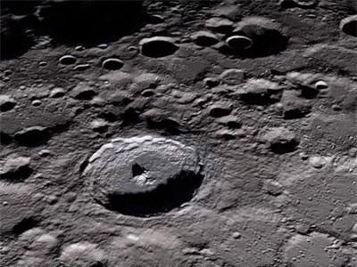 Bụi Mặt Trăng có thể rất nguy hiểm với con người