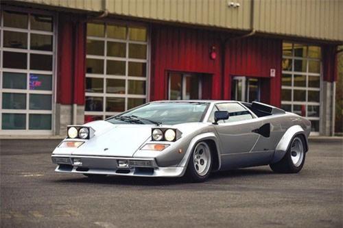 Nhìn lại siêu xe mang tính biểu tượng Lamborghini Countach