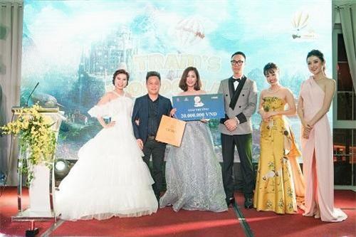 Á hậu Huyền My và MC Ngọc Thúy có mặt tại xứ sở Tram's Wonderland cùng những doanh nhân nổi tiếng