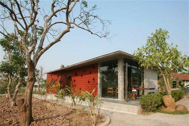 Ngôi nhà vườn ở Nam Định ngập tràn ký ức tuổi thơ do con trai xây báo hiếu mẹ - Ảnh 2.