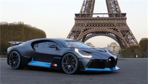 Những 'cỗ máy tốc độ' được chờ đợi trong năm 2019. Mẫu xe hiệu suất cao của Mercedes, siêu xe Aston Martin Valkyrie hơn 1.000 mã lực hay Porsche 911 thế hệ mới là những sản phẩm gây chú ý nhất. (CHI TIẾT)