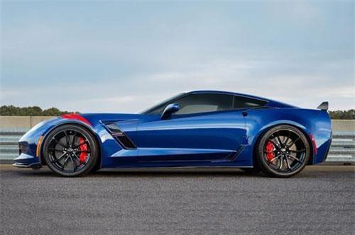 10. Chevrolet Corvette (doanh số: 22.042 chiếc).