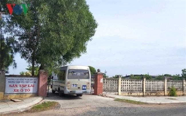 Trung tâm đào tạo lái xe ở Trường Cao đẳng nghề Phú Yên bị phát hiện cấp bằng lái xe D,E cho người không đủ tiêu chuẩn