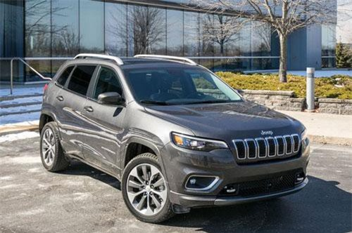 9. Jeep Cherokee (doanh số: 239.437 chiếc).