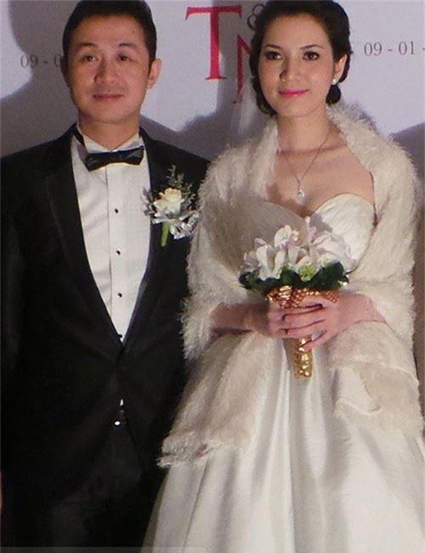 Vợ kém 14 tuổi nói lời yêu thương với MC Anh Tuấn sau 10 năm bên nhau - ảnh 1