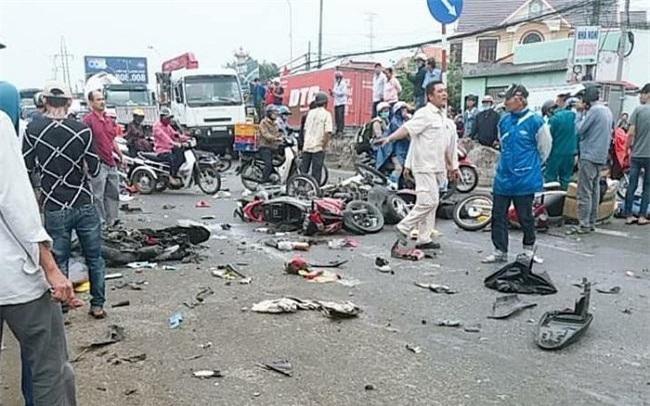 Số người thương vong vì tai nạn giao thông bằng một huyện