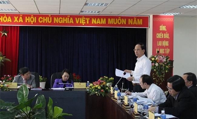 Ông Phạm Văn Tác chia sẻ trước những khó khăn của ngành y tế Lâm Đồng (Ảnh: VH)