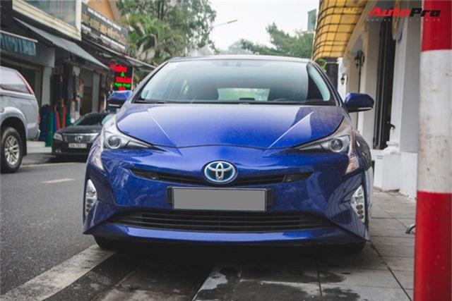 Bắt gặp mẫu xe hybrid bán chạy nhất toàn cầu tại Việt Nam - Ảnh 4.