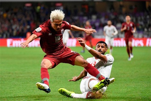 Messi Thái Lan: 'Chúng tôi mong Việt Nam sẽ vào vòng 1/8'