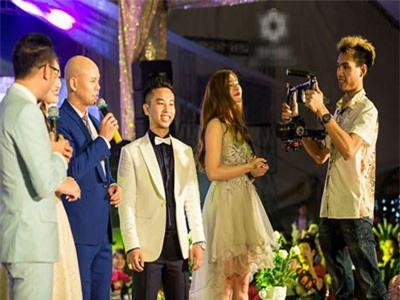 Nam ca sĩ hai lần hát trong đám cưới 'khủng' 100 cây vàng ở Nam Định là ai?